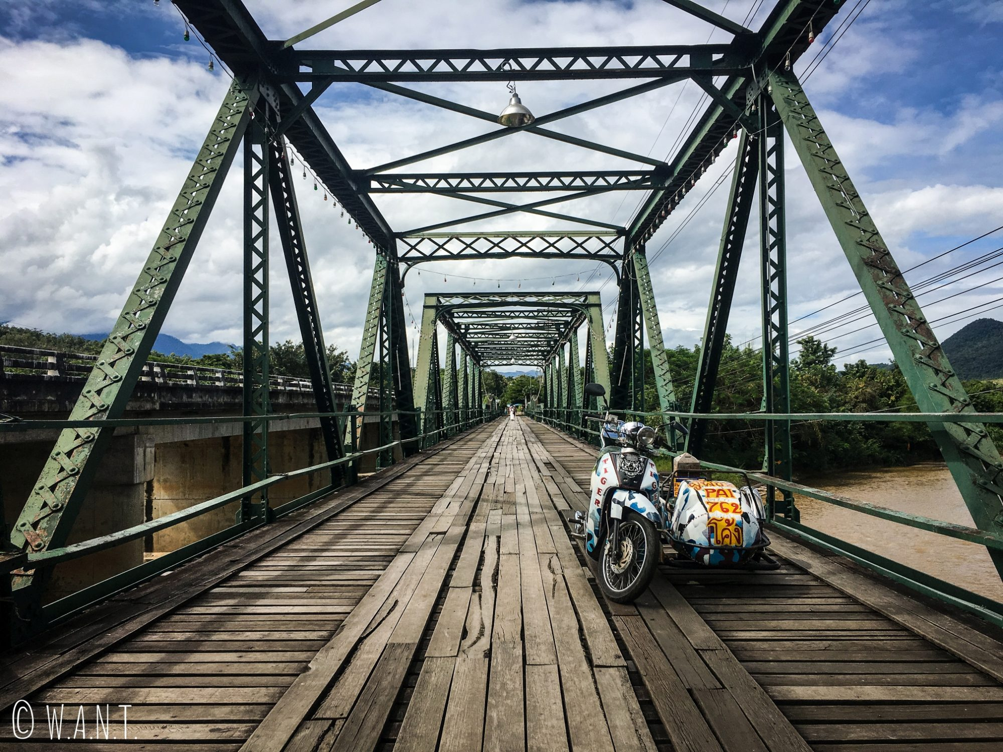 Memorial Bridge de Pai