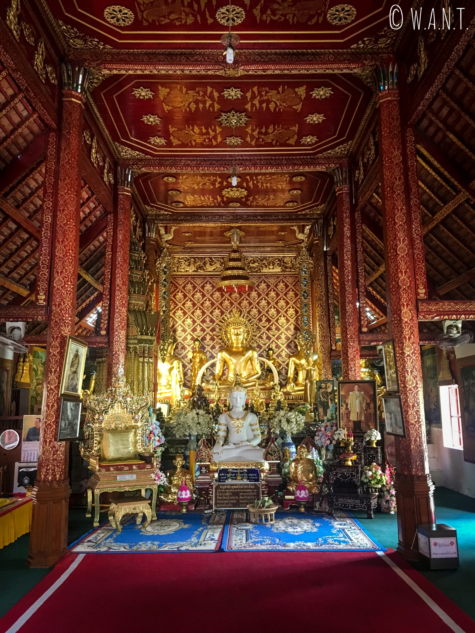Statue de Bouddha au Wat Phra Singha de Chiang Rai