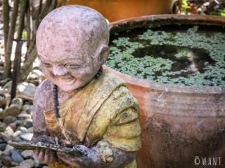 Statue de moine au Wat Phra Kaeo de Chiang Rai