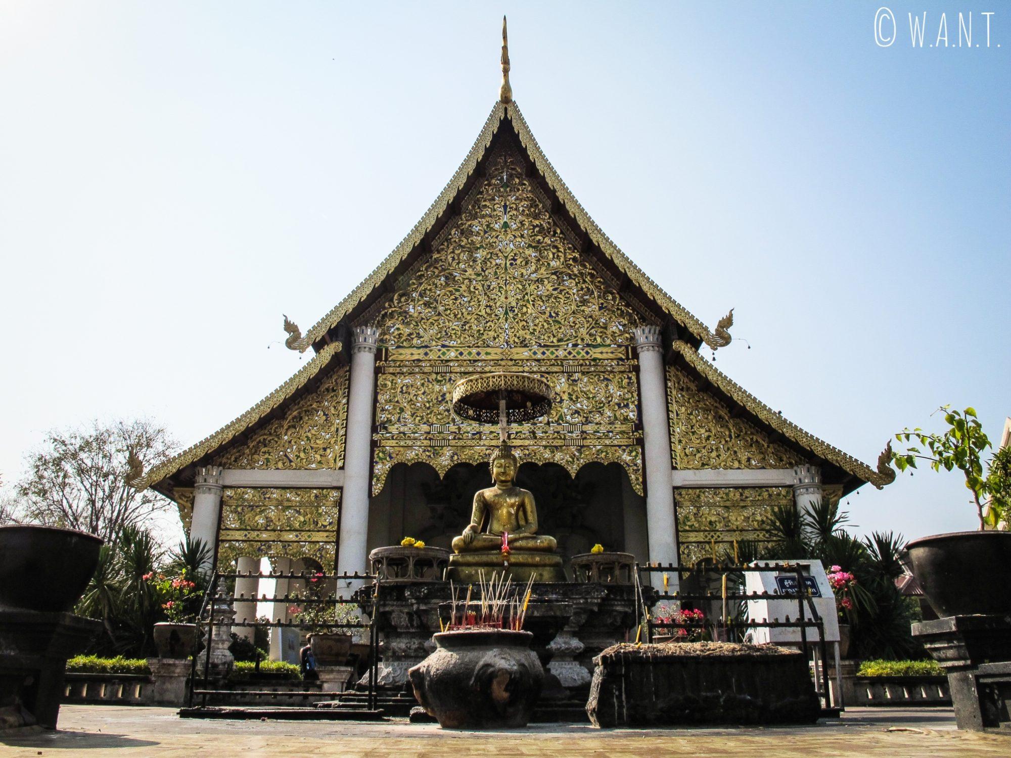 Temple principal du Wat Chedi Luang à Chiang Mai