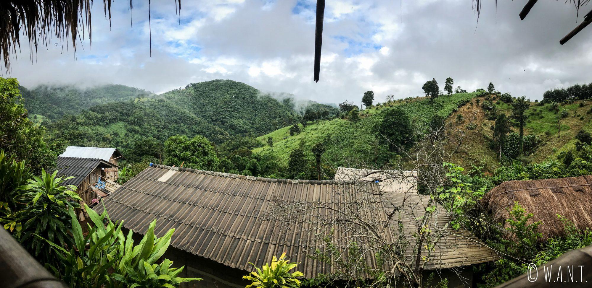 Vue depuis le premier village où nous avons séjourné pendant notre trek à Chiang Rai
