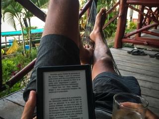 Au programme de notre séjour dans les 4,000 îles, lecture et bière