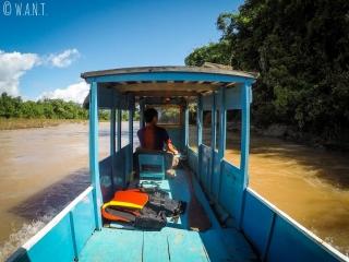 Intérieur de notre bateau naviguant sur la Nam Ou jusqu'à Muang Ngoi