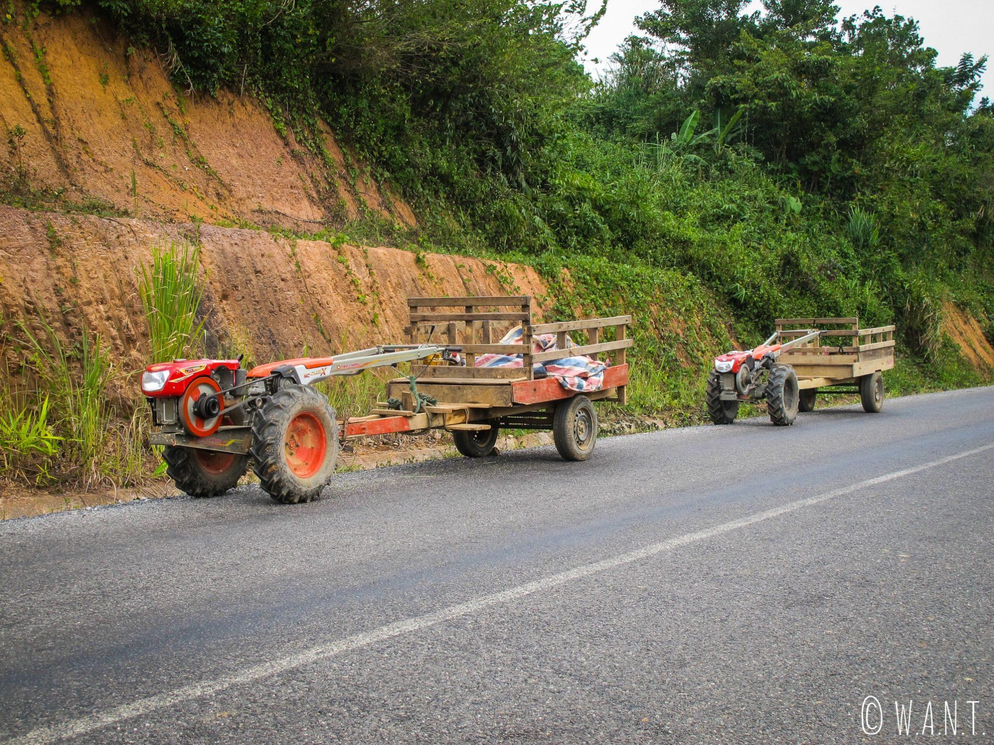 Le motoculteur est le véhicule phare que nous avons croisé sur la boucle de Thakhek