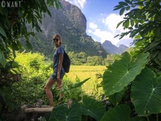 Marion pendant notre randonnée autour de Vang Vieng
