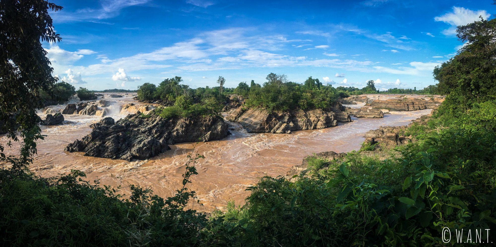 Panorama des cascades de Li Phi sur l'île de Don Khon