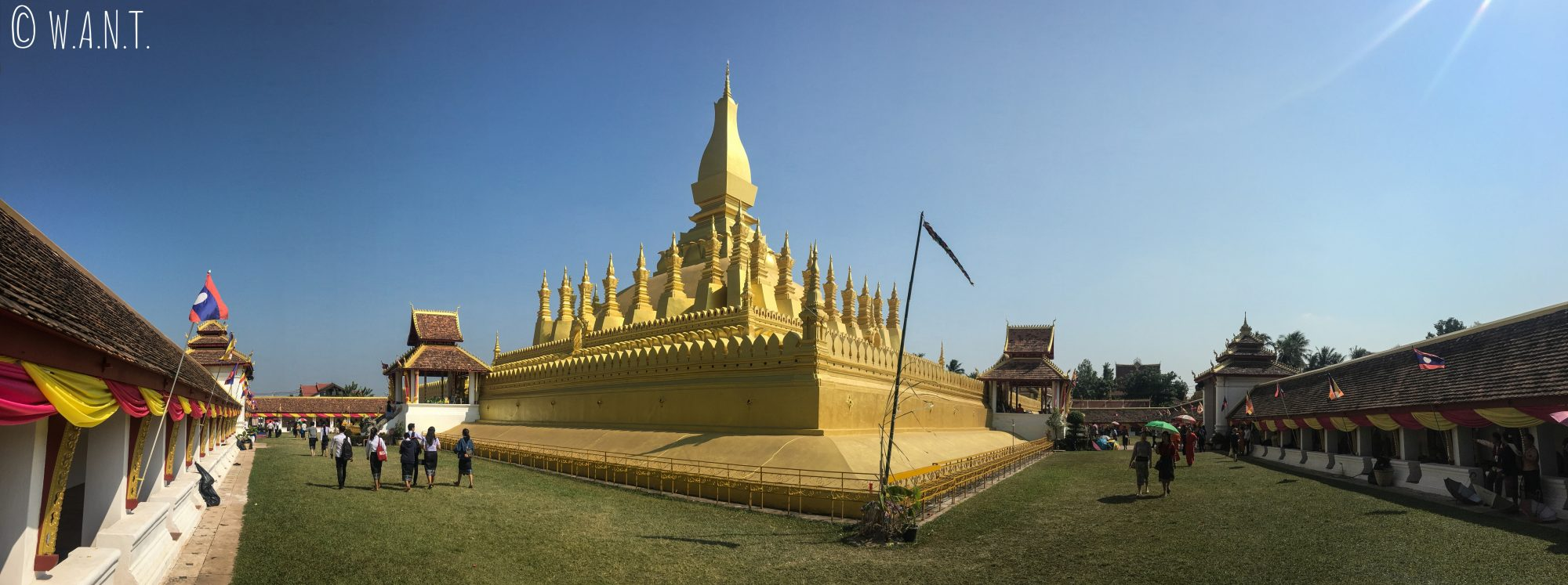 Panorama du Pha That Luang de Vientiane