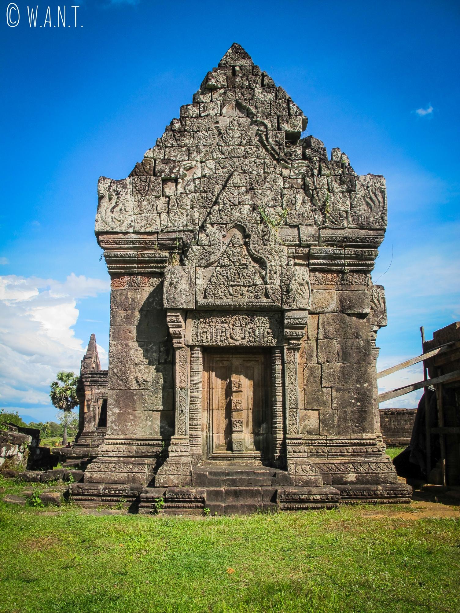 Porte de l'un des deux palais du site Unesco Vat Phou