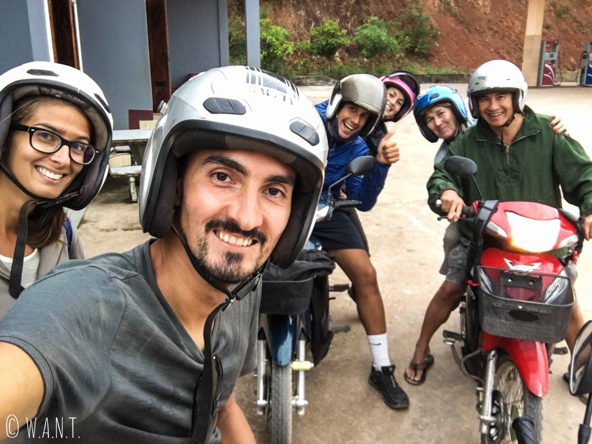 Selfie à Luang Namtha avec Agnès, Jilles, Janire et Javier