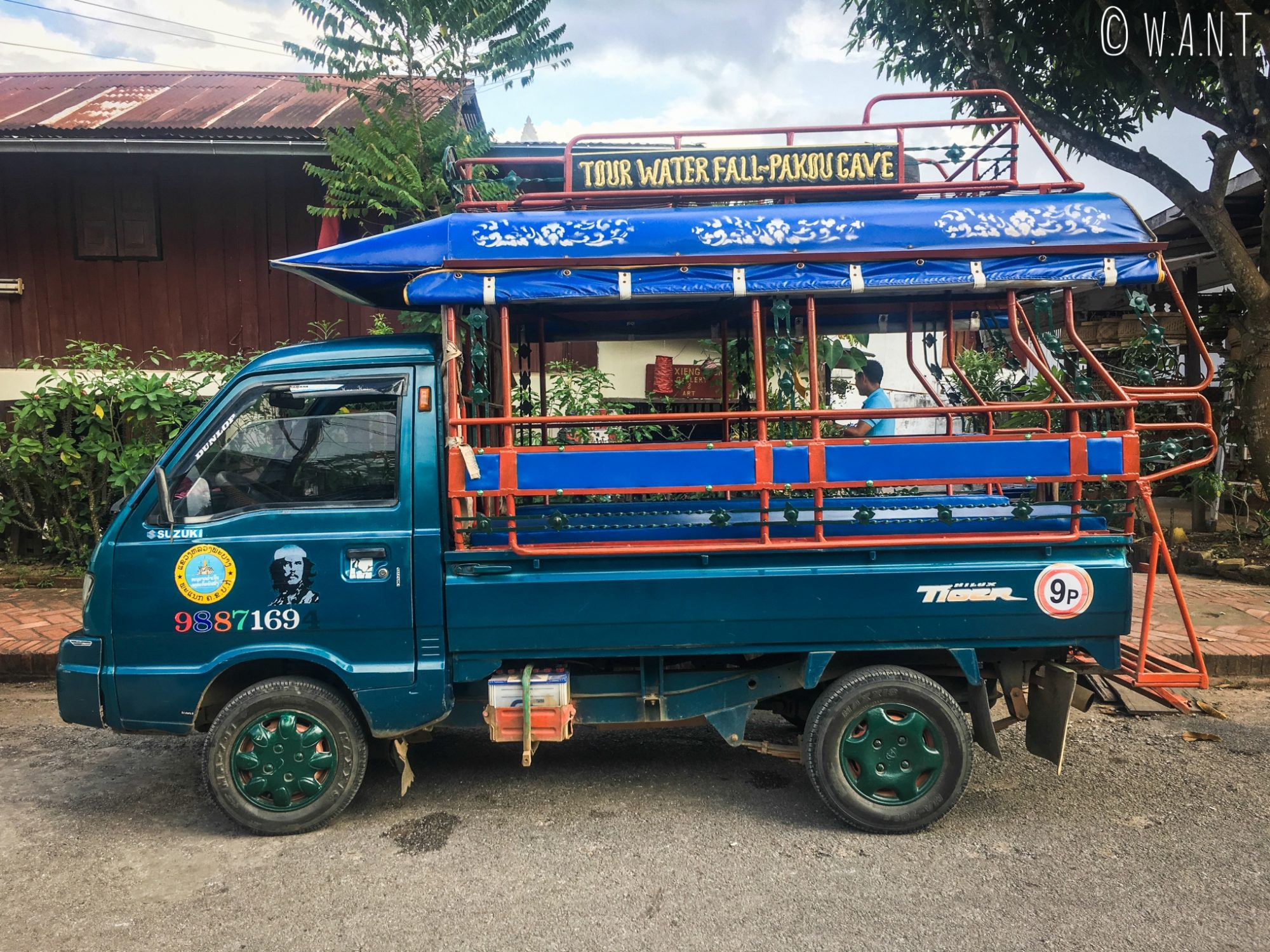 Songthaew permettant de se déplacer dans Luang Prabang