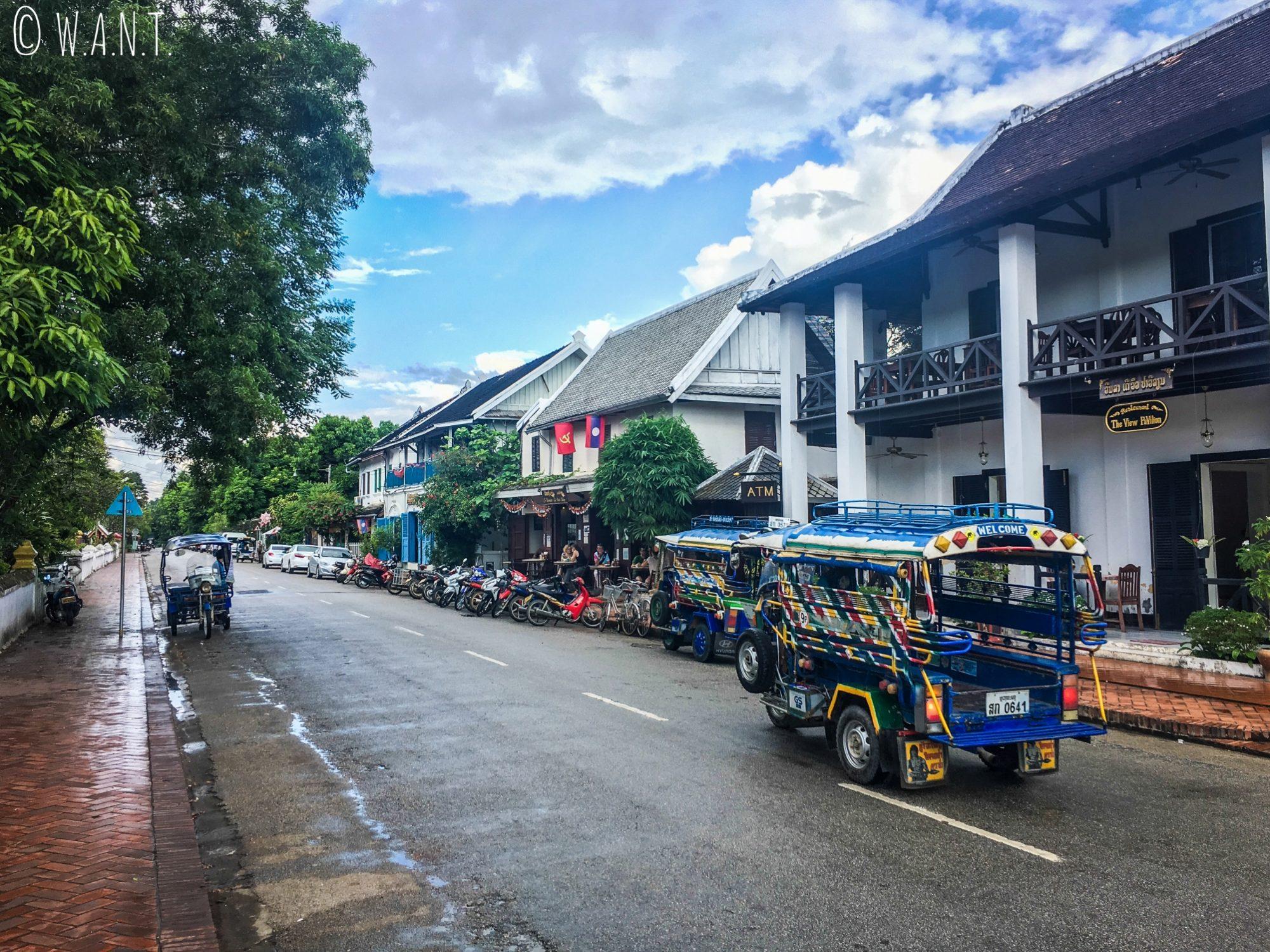 Une des rues principales de Luang Prabang
