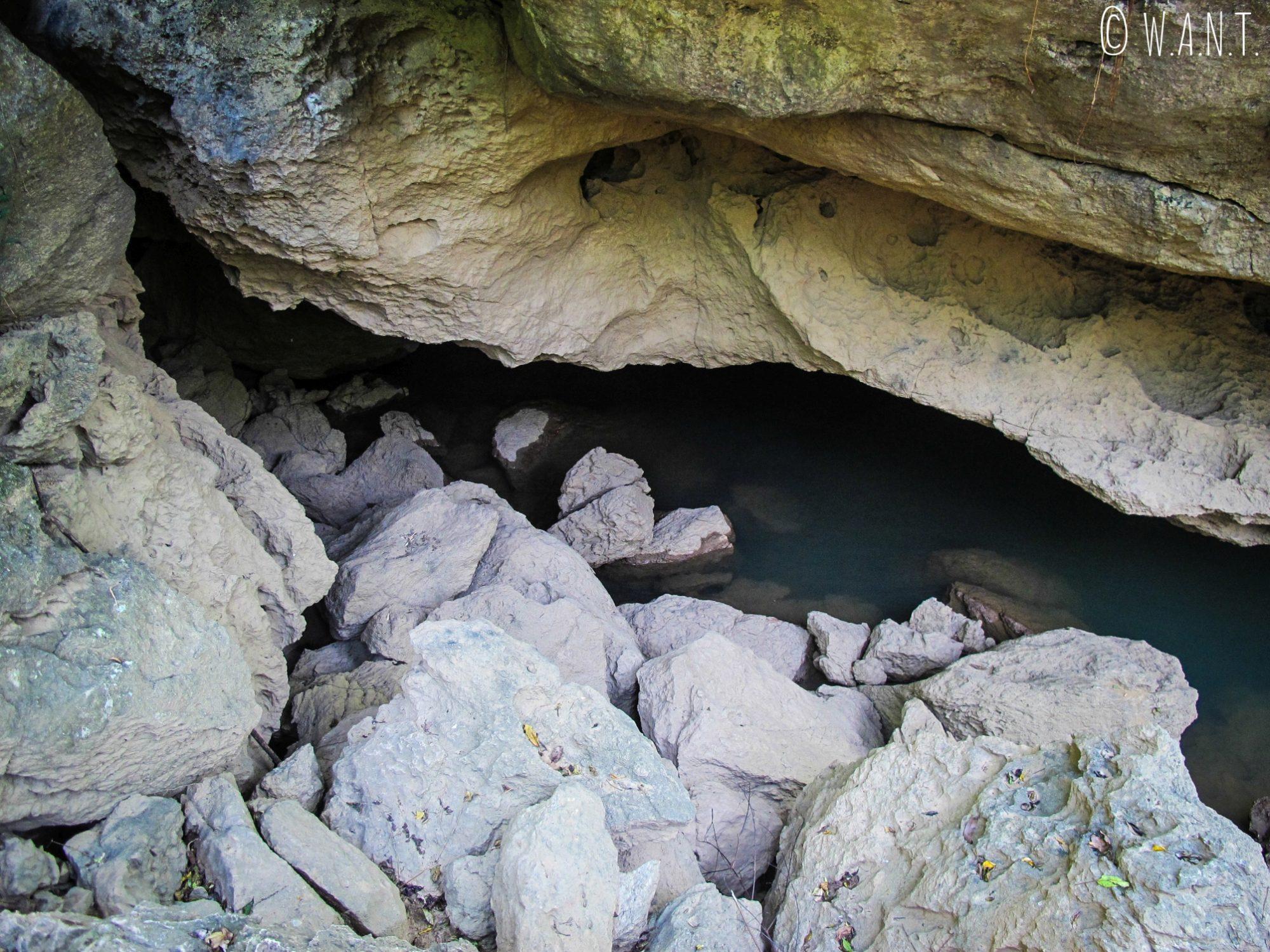 Vue sur la grotte Xieng Liap sur la boucle de Thakhek