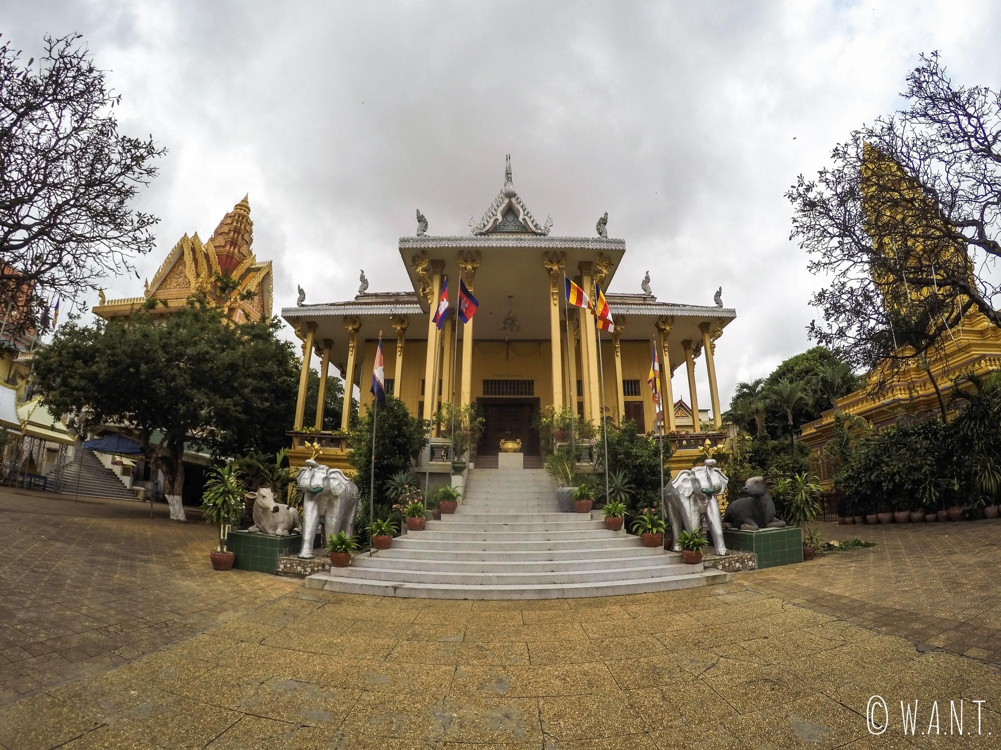 Bâtiment principal du Wat Ounalom de Phnom Penh