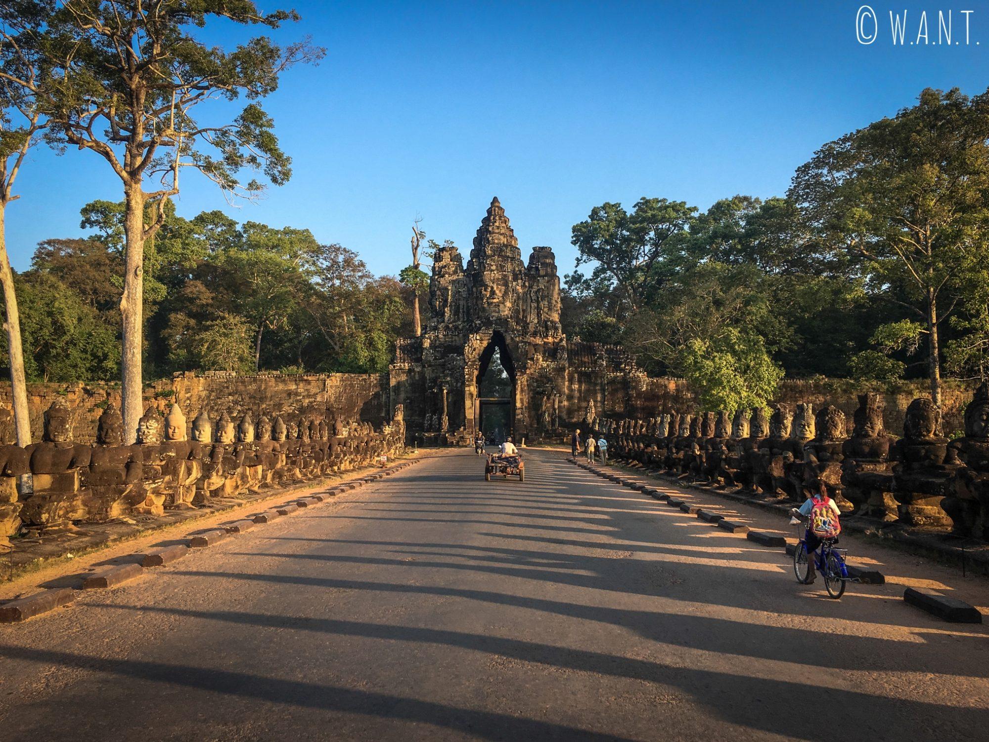 Entrée par la porte sud d'Angkor Thom