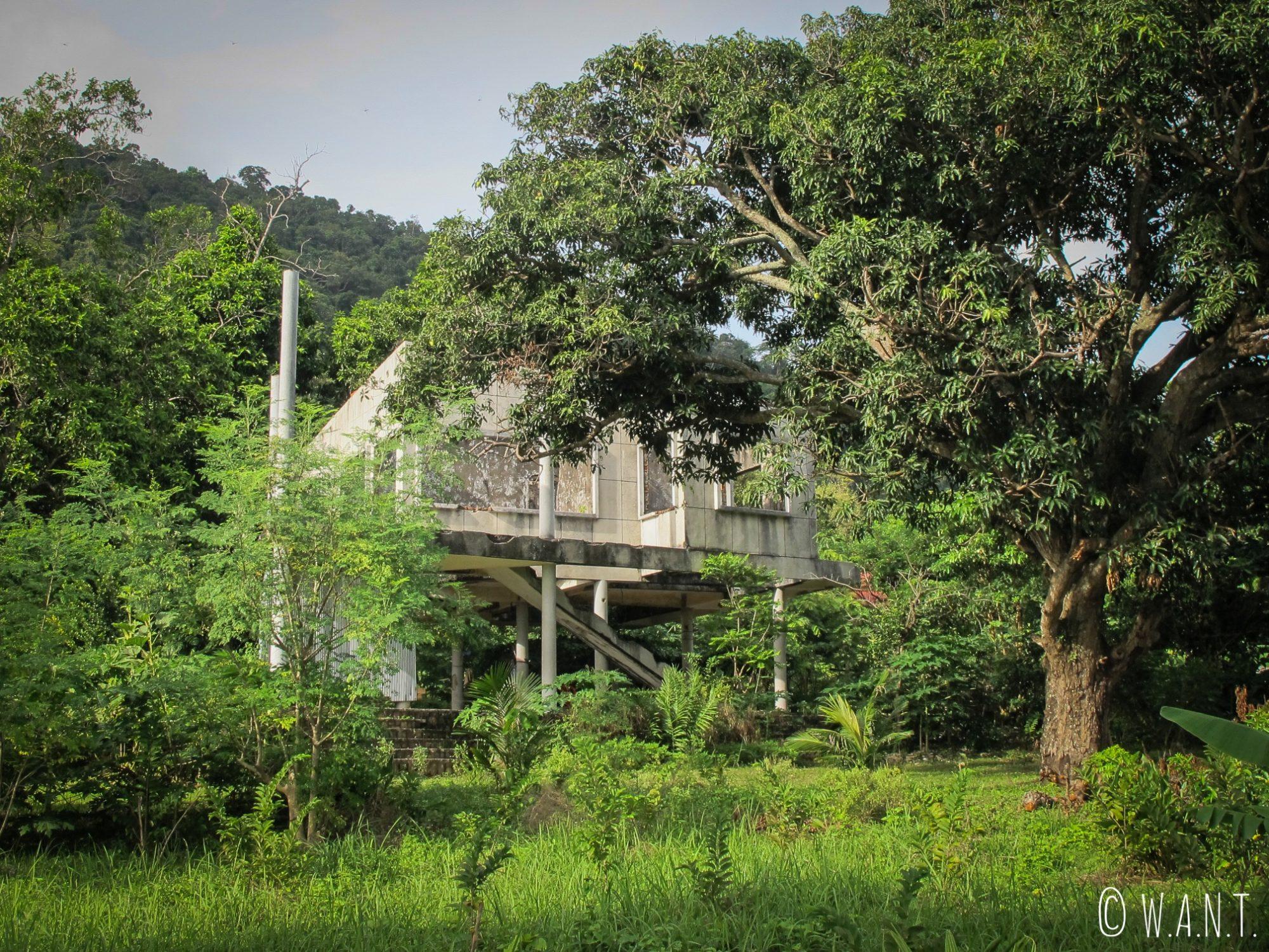 Maison abandonnée à Kep