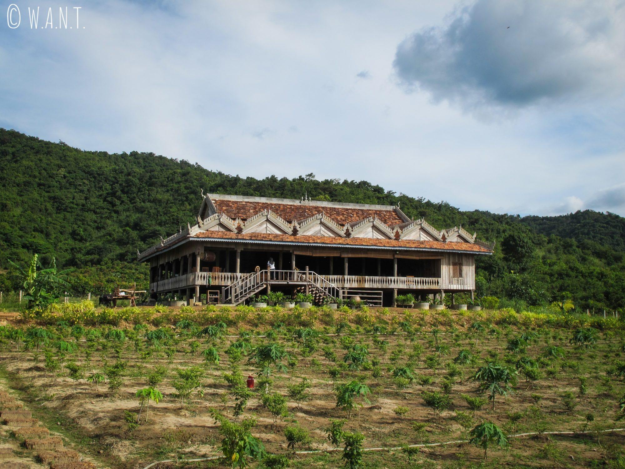 Maison traditionnelle de la plantation de poivre de Kampot que nous avons visitée