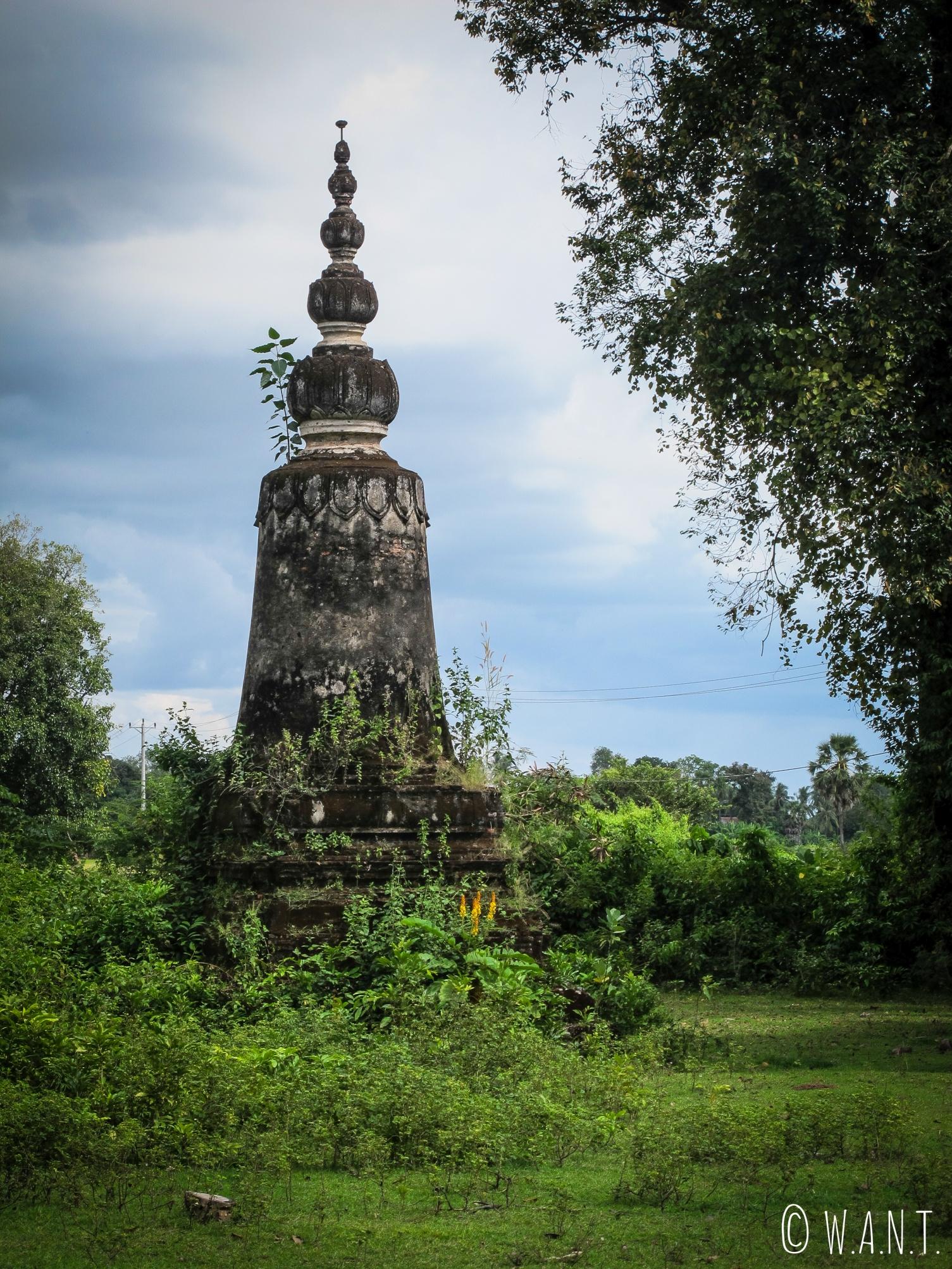 Pagode abandonnée sur l'île de Koh Trong