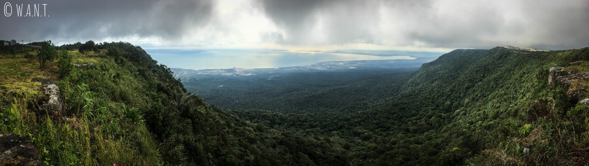 Panorama depuis Bokor Hill Station, en haut du Parc national de Bokor