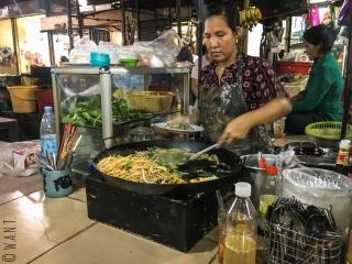 Stand de nourriture au Marché russe de Phnom Penh