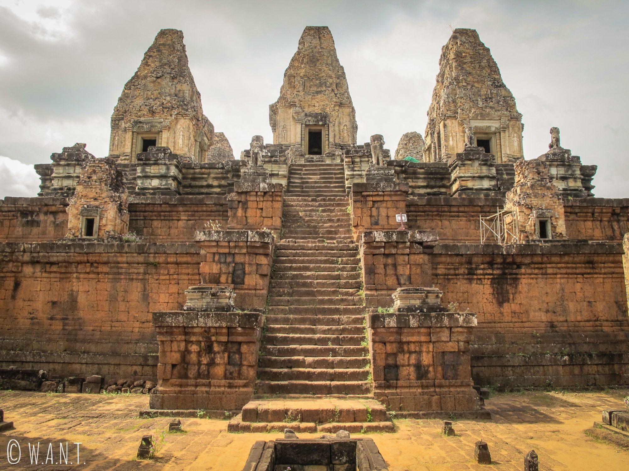 Temple Pre Rup sur le site archéologique d'Angkor