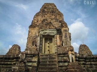 Tour principale du temple Pre Rup à Angkor