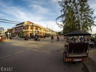 Une des rues principales de Kampot