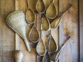 Ustensils traditionnels en osier servant à la récolte du poivre de Kampot
