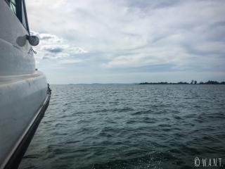 Vue depuis le speeboat nous conduisant de Sihanoukville à Koh Rong Sanloem