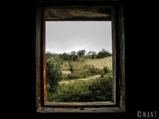 Vue depuis un bâtiment abandonné de Bokor Hill Station, dans le Parc national de Bokor