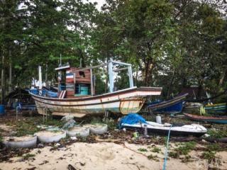 Bateau de pêcheurs au village musulman de Koh Samui