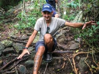 Benjamin et Paul sur le chemin des cascades de Namuang à Koh Samui
