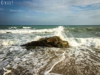 Rocher sur la plage de Choeng Mon à Koh Samui