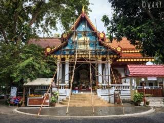 Wat Khunaram de Koh Samui