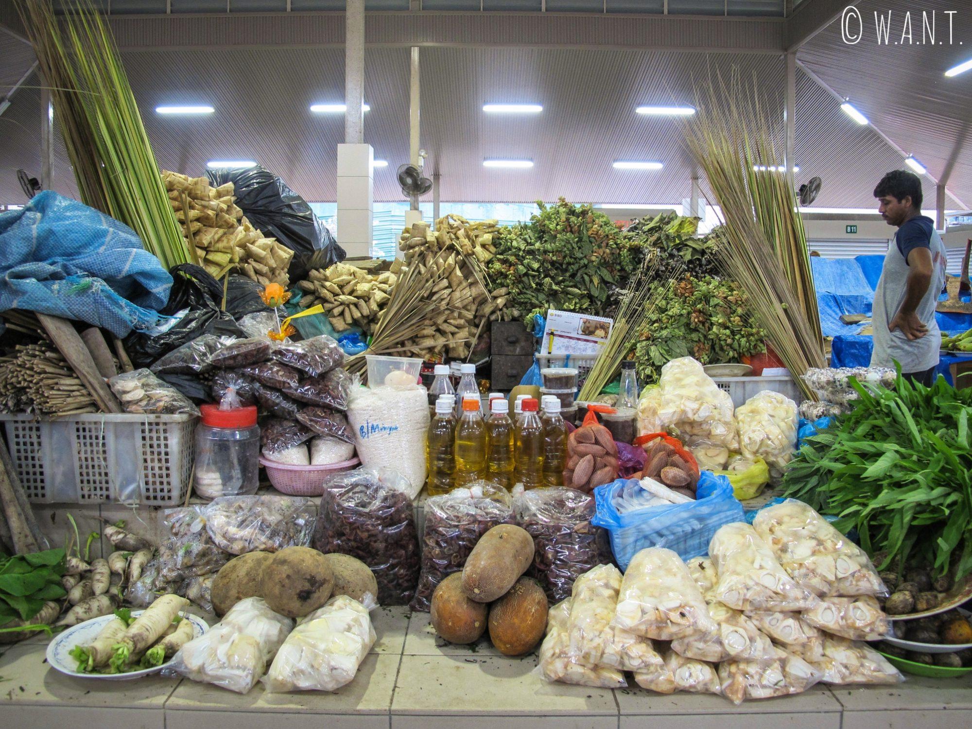 Échoppe au marché Kianggeh de Bandar Seri Begawan