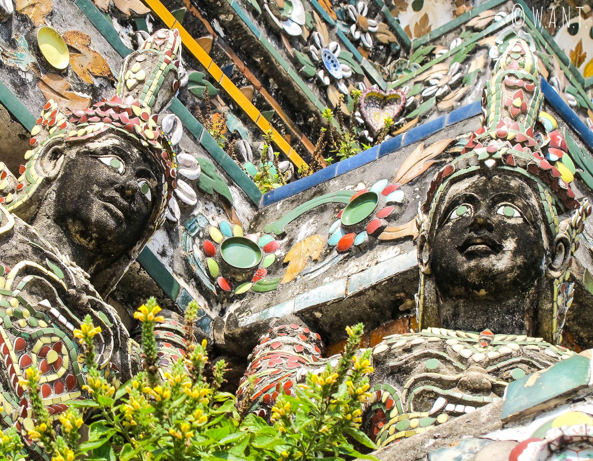 Décor du Wat Arun de Bangkok avant les rénovations