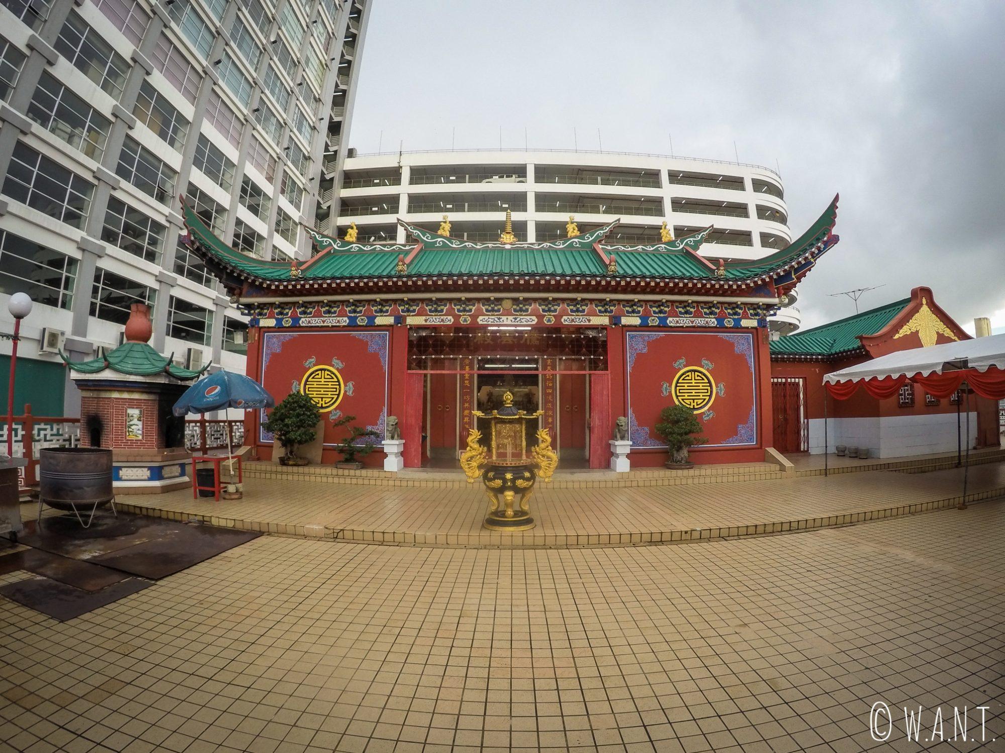 Entrée du Teng Yun Temple de Bandar Seri Begawan