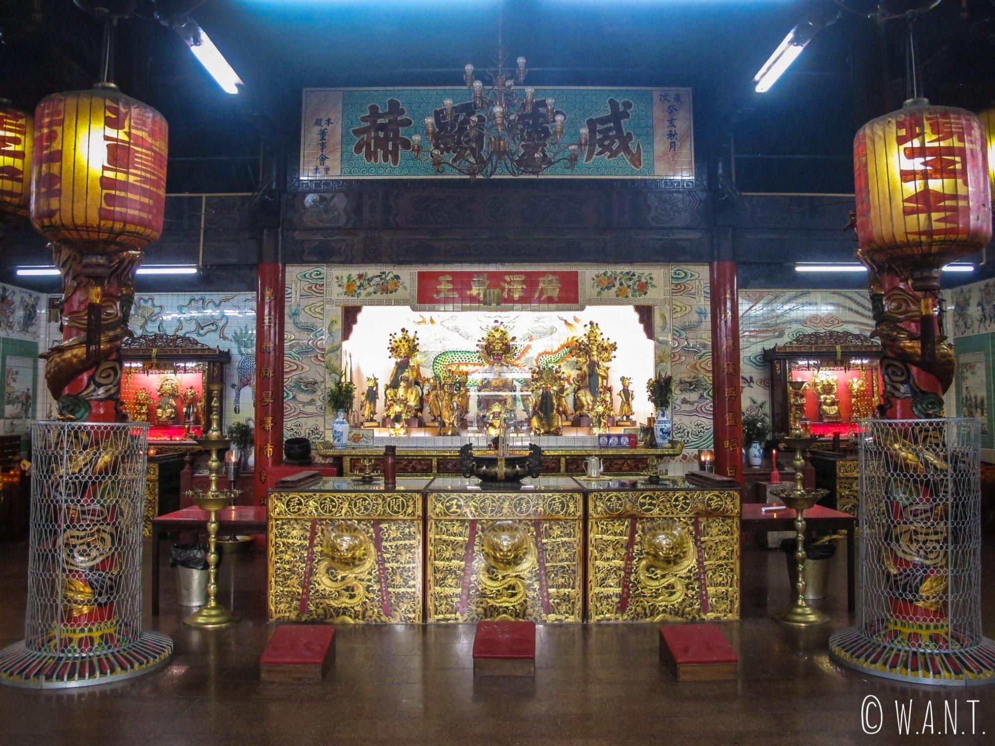Intérieur du Teng Yun Temple de Bandar Seri Begawan