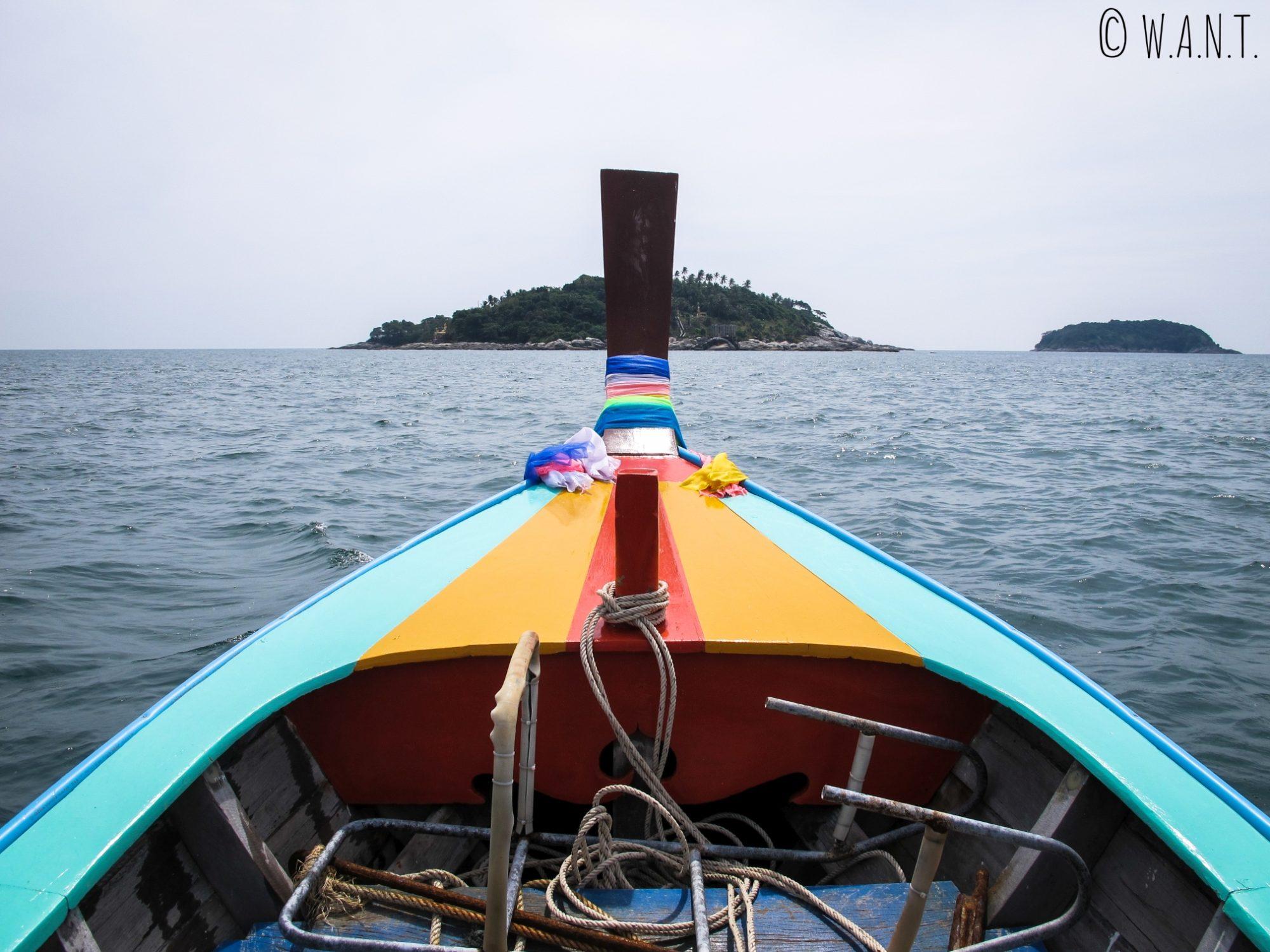 Longtail boat à la découverte des îles autour de Phuket
