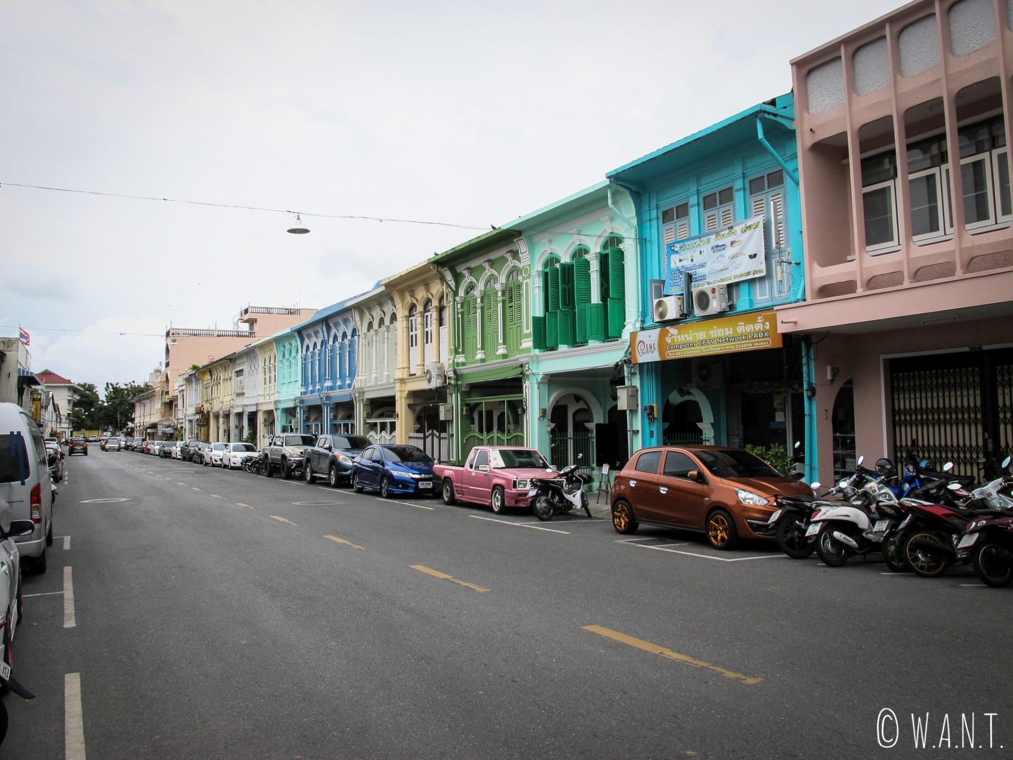 Maisons colorées du vieux Phuket