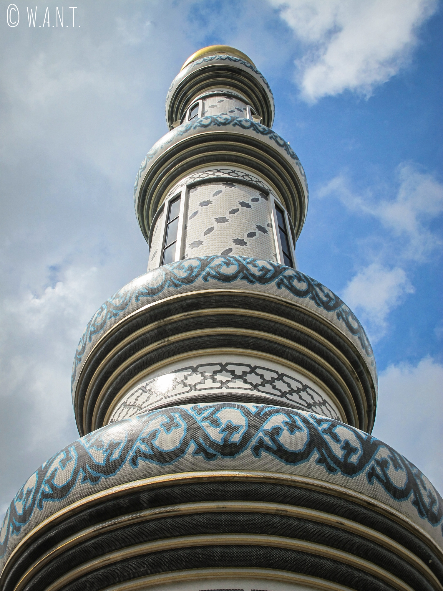 Minaret de la mosquée Masjid Jame'Asr Hassanil Bolkiah de Bandar Seri Begawan