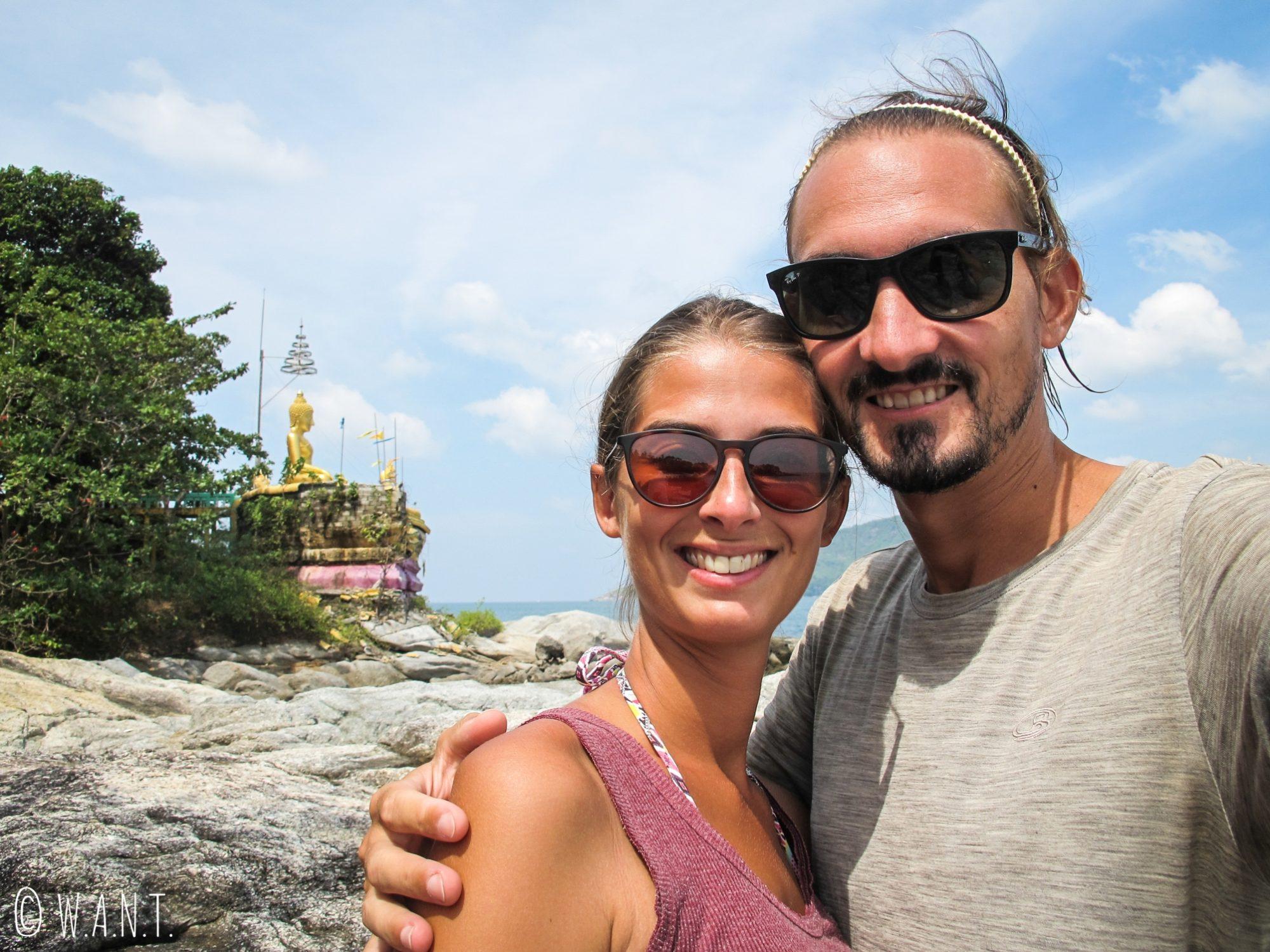 Selfie sur l'île de Bouddha Island près de Phuket