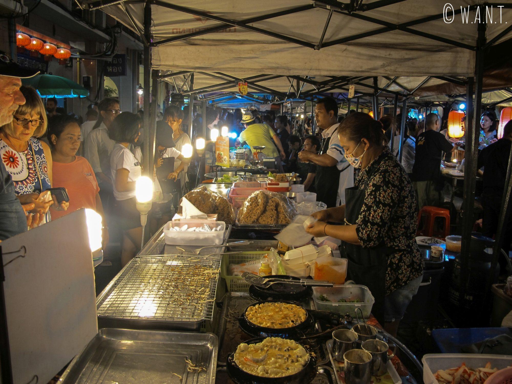 Stand de rue du night market de Phuket