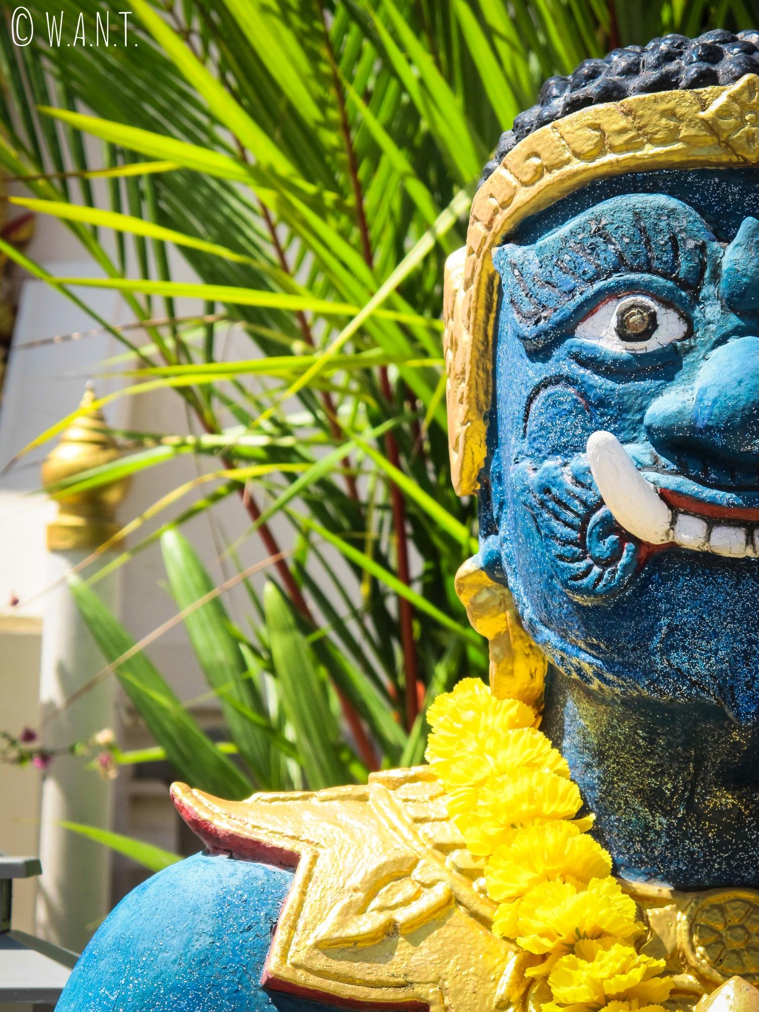 Statue au Karon temple de Phuket