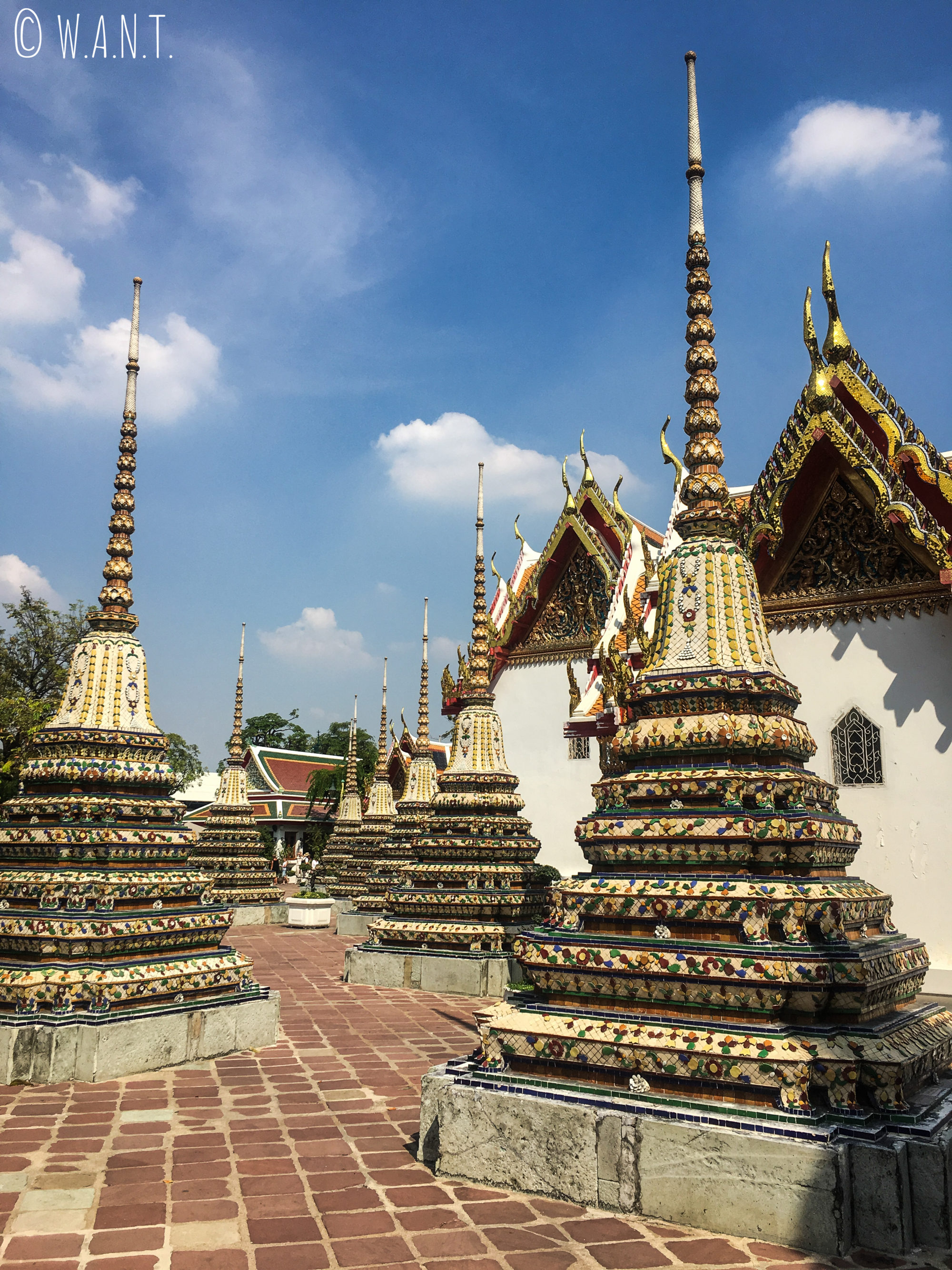 Stupas au Wat Pho de Bangkok