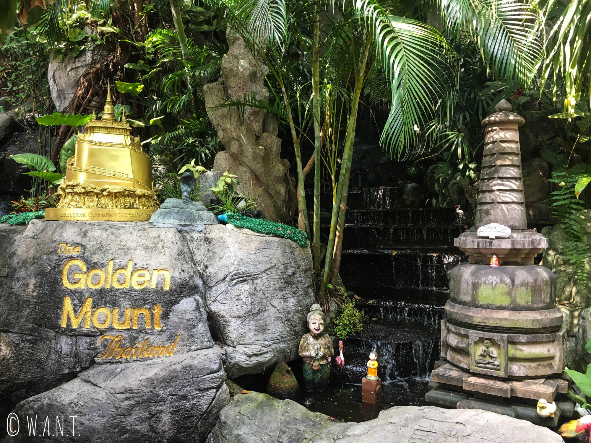 Superbe jardin du Golden Mount de Bangkok