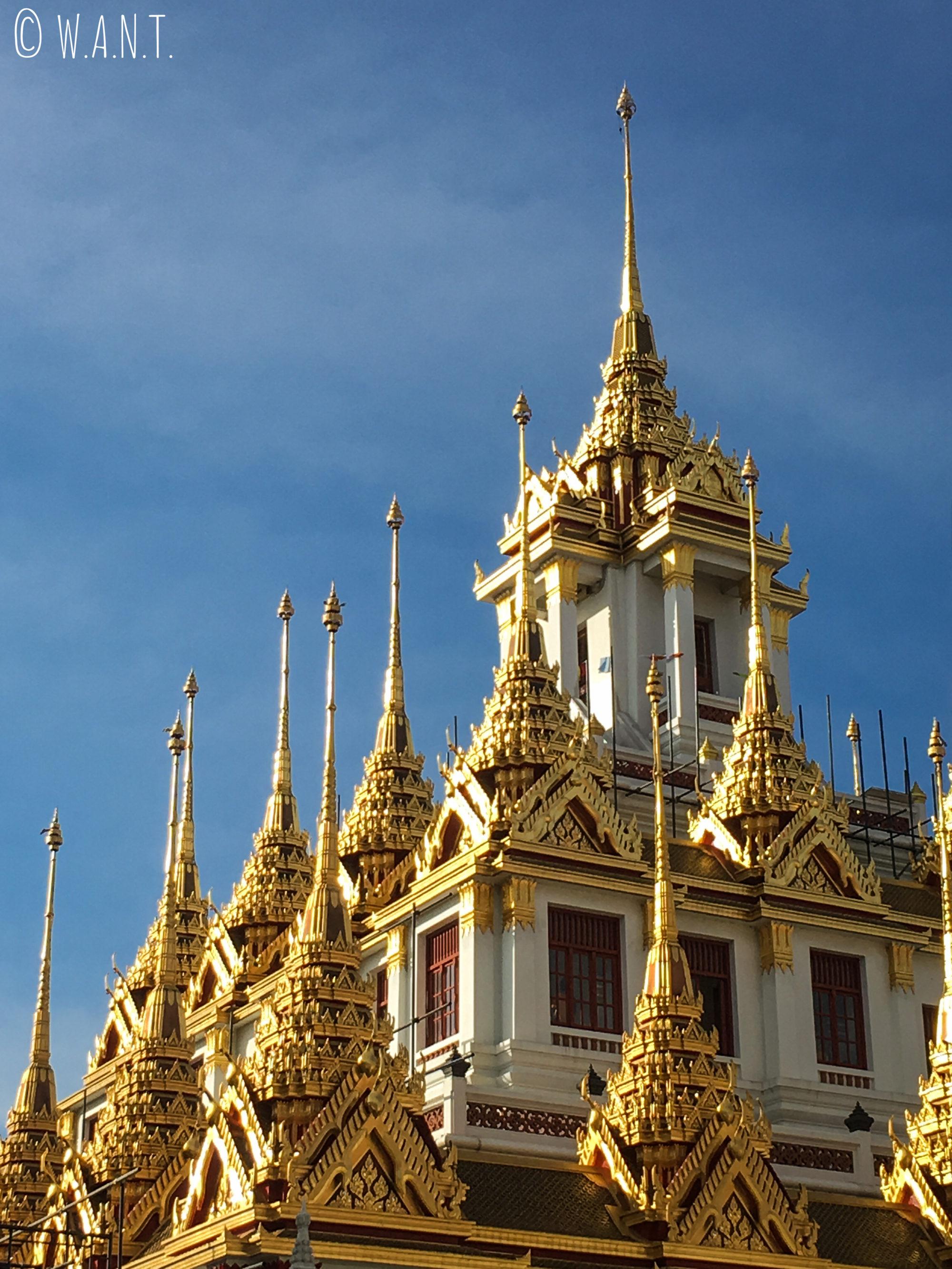 Toit du Wat Ratchanatdaram de Bangkok