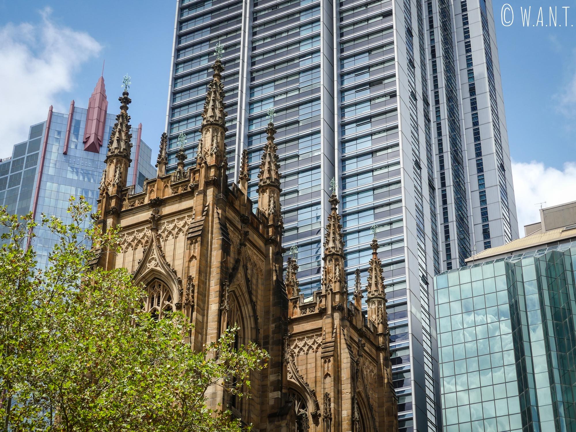 Gros plan sur la Cathédrale St Andrew de Sydney