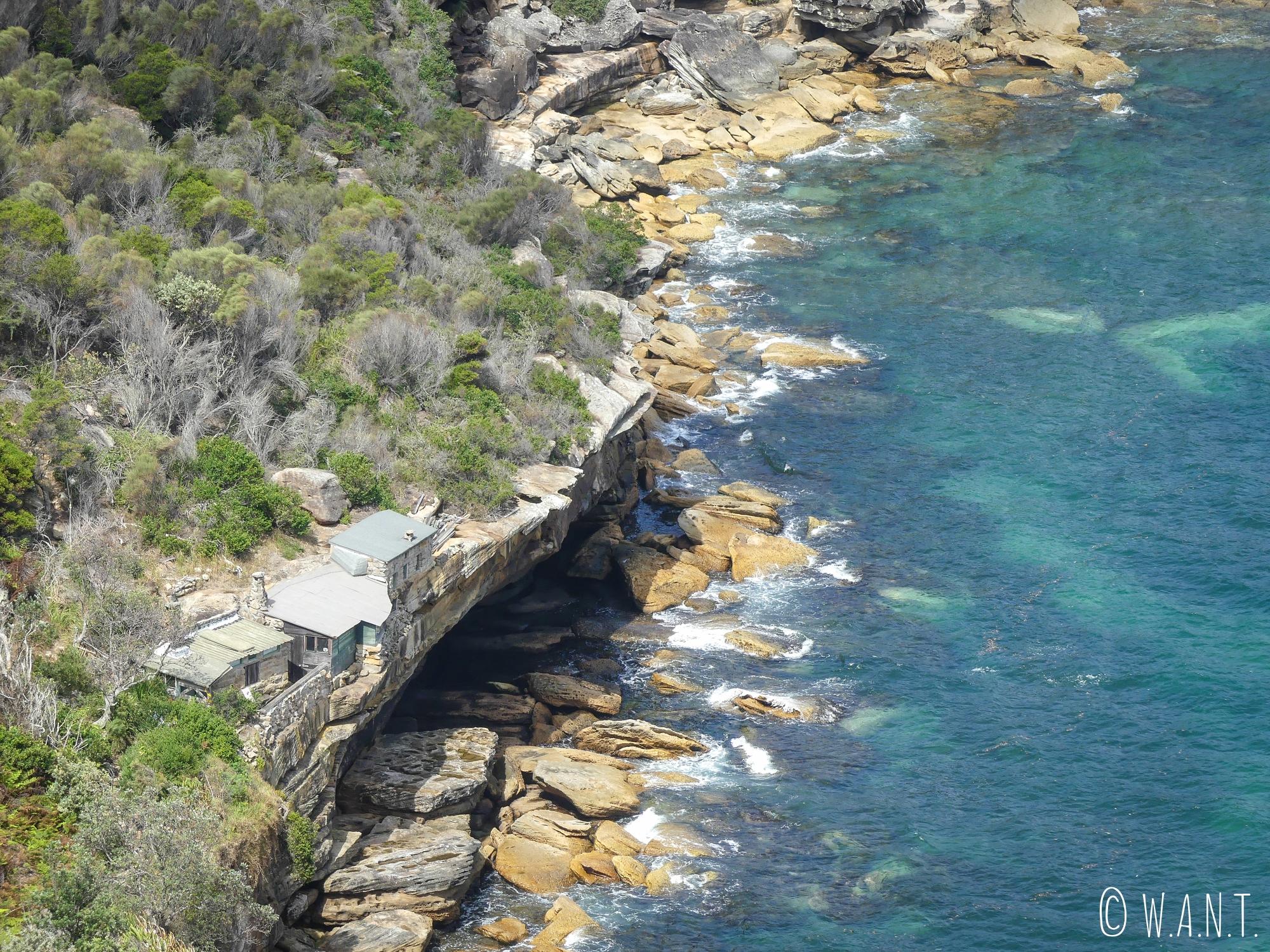 Maison en bord de falaise sur la randonnée Manly Scenic Walkway près de Sydney