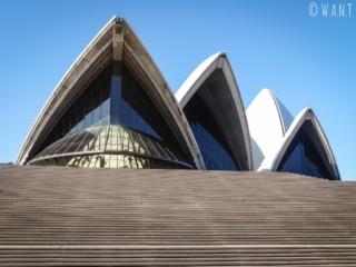 Opéra de Sydney depuis les marches à l'entrée