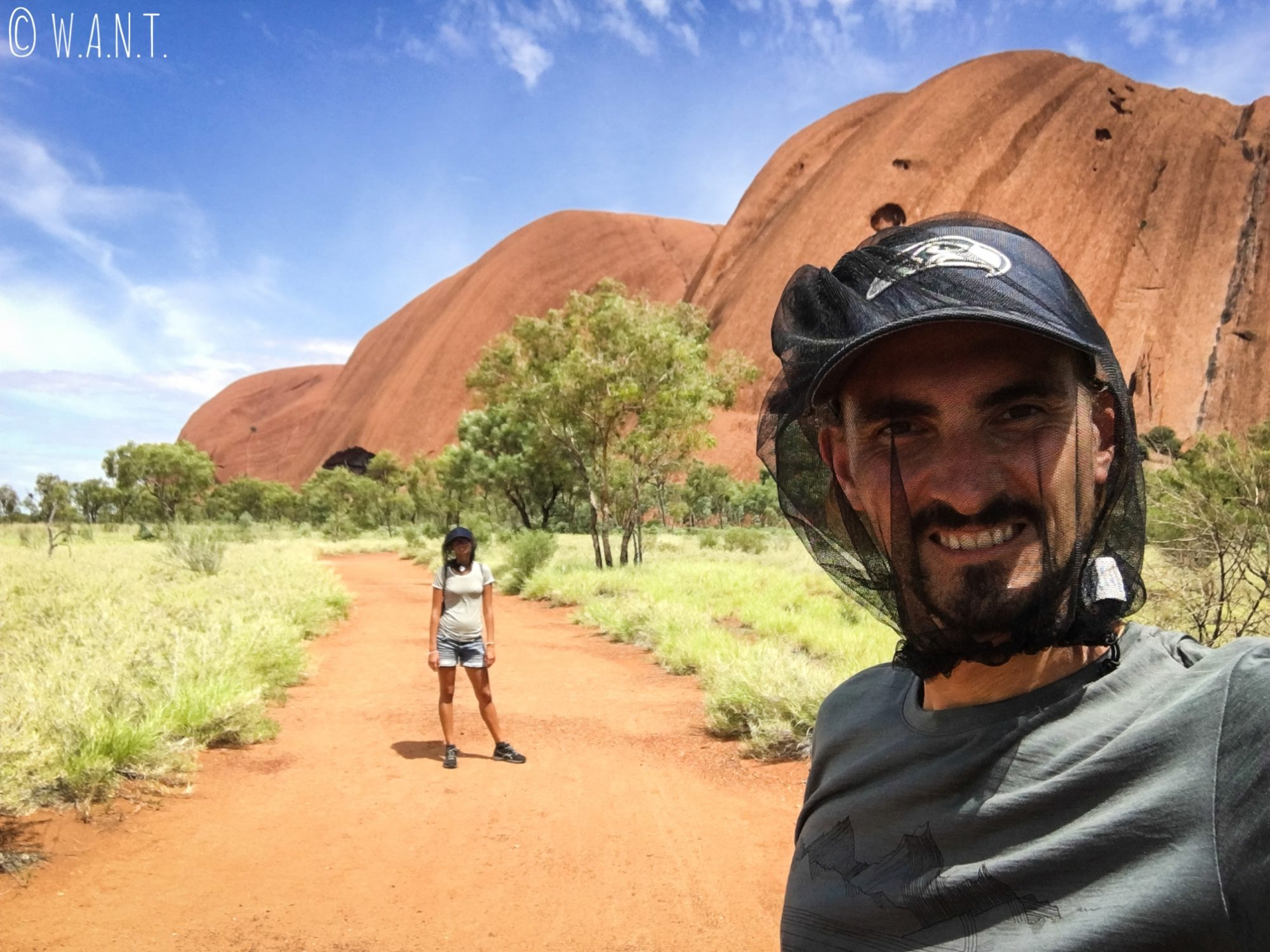 Selfie sur la randonnée Uluru Base Walk à Uluru-Ayers Rock